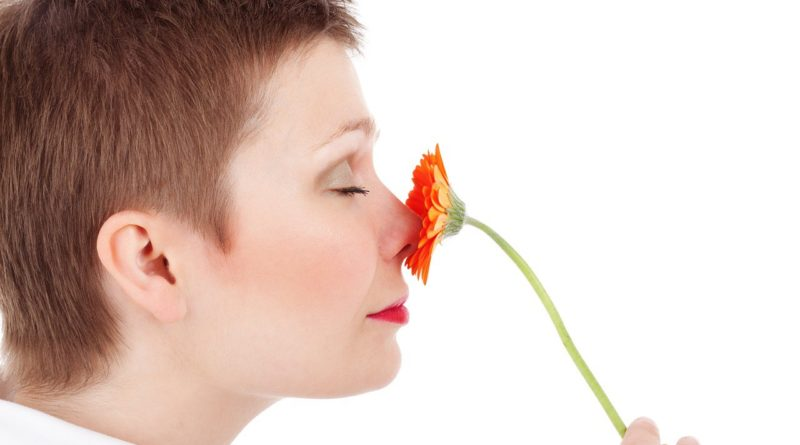 Un semplice rimedio per purificare naso e gola