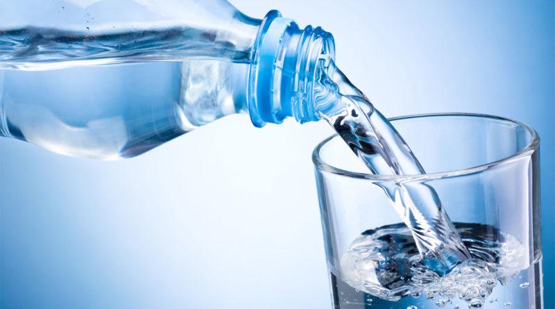 Quanta acqua bere al giorno? Scopri la formula